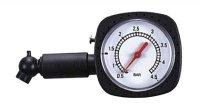 Měřič tlaku vzduchu v pneumatice mechanický