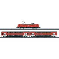 Startovací sada H0 regionálního expresu a elektrické lokomotivy řady