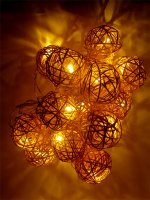Řetěz vánoční 20 LED 0,5m, 3xAA, ratanové koule, RETLUX RXL22