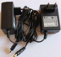 Napáječ, síťový adaptér LG 12V/2A spínaný, koncovka 5,5x2,1mm
