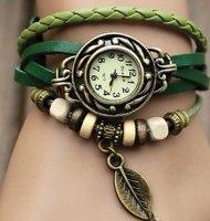 Hodinky LEAF s přívěskem zelená