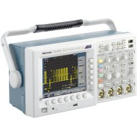 Digitální paměťový osciloskop TDS 3014C