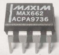 MAX662 - programovatelný DC/DC konvertor, DIL8