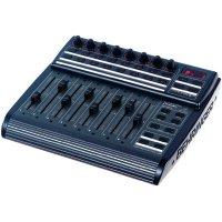 MIDI kontoler Behringer B-Control Fader BCF2000