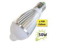 Žárovka LED A60 E27 7W s PIR bílá přírodní