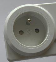 Zásuvkový elektroměr (digitální měřič spotřeby, wattmetr)
