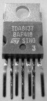TDA8137 - dvojitý stabilizátor 5,1V, Heptawatt