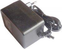 Napáječ 220V~/9V/1A s transformátorem, koncovka 2,5mm
