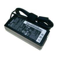 Síťový adaptér pro notebooky IBM 93P5015, 16 VDC, 72 W