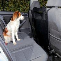 Ochrana mezi přední sedadla TRIXIE 60/44 x 69 cm s kapsami