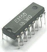 E310D - přerušovač směrových světel 12/24V, DIL16