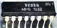 MHB1032 - posuvný registr, DIL16