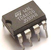 TDA8196 - spínač a řízení hlasitosti pro nf, DIL8