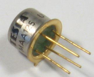 MAA145-lineární IO TO99