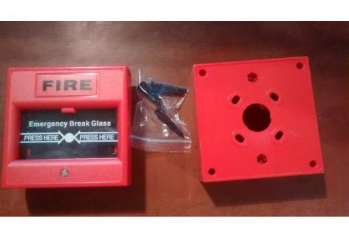 Červené požární tlačítko