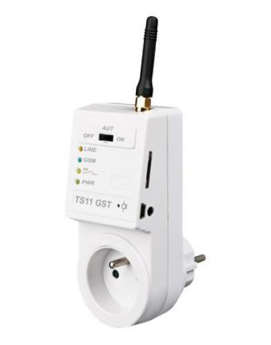 GSM zásuvka s jednoduchým nastavením přes USB nebo SMS