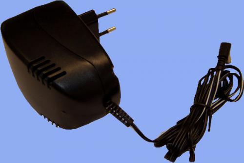 Zásuvkový adaptér 8V - příslušenství pro kamery a zvonky
